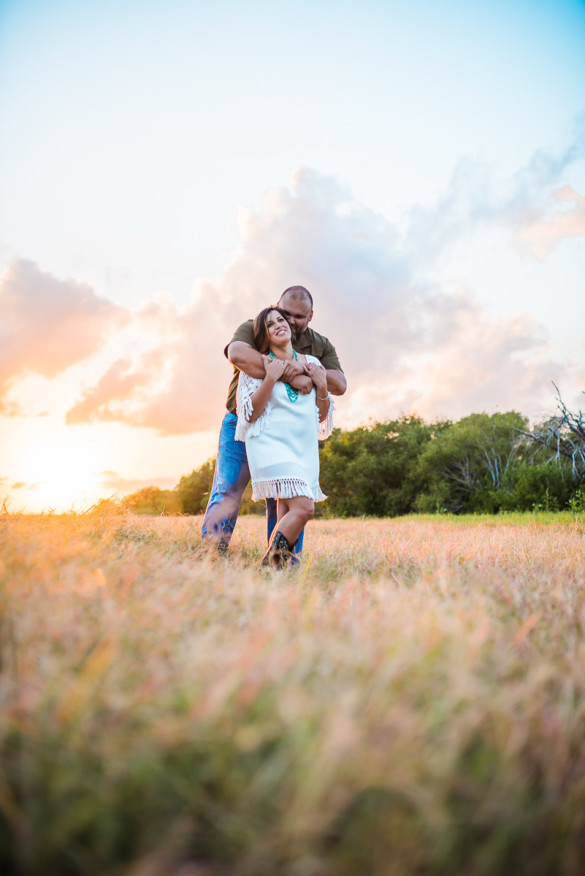 corpus-christi-wedding-photographer-photography-austin-san-antonio-houston-dallas-texas-rustic-country-engagement