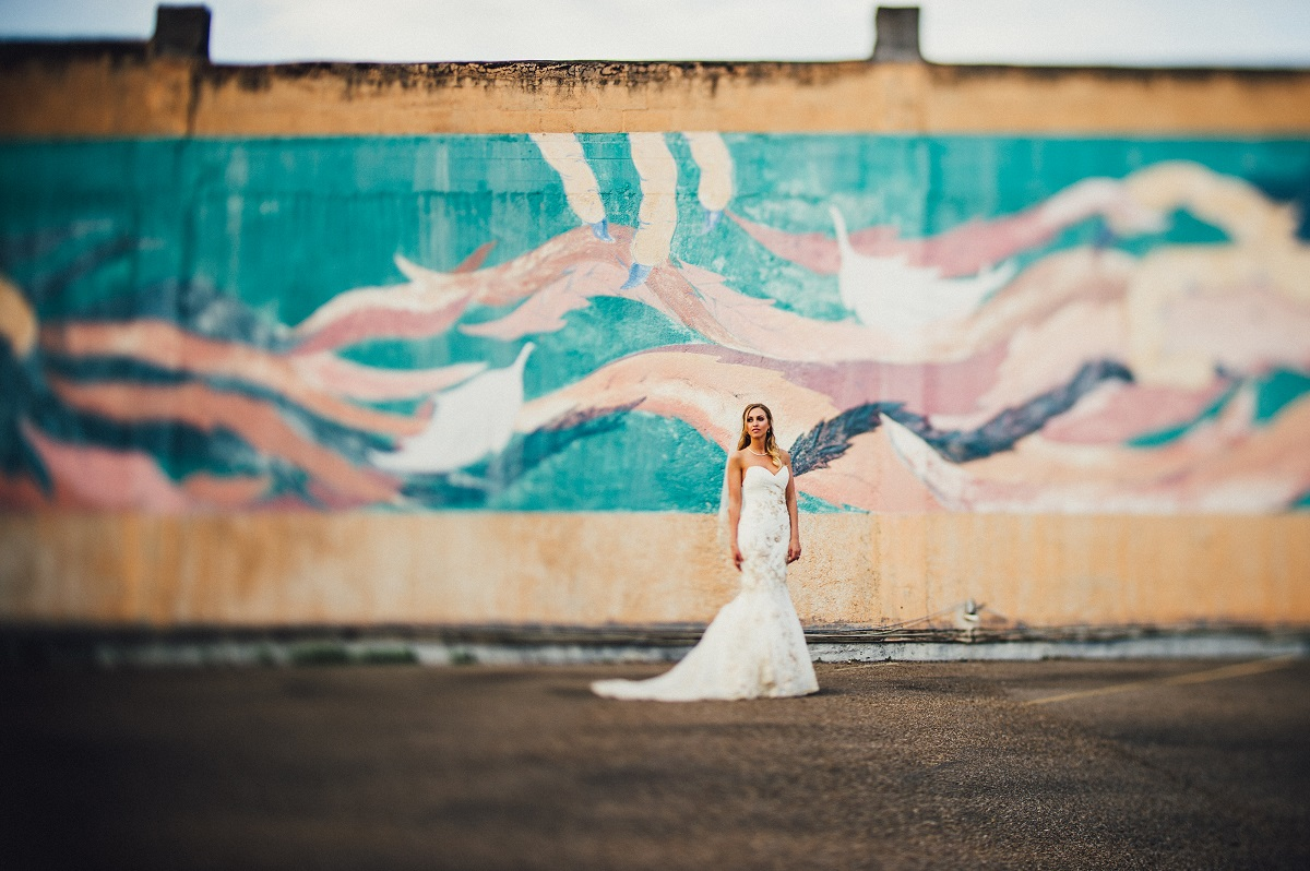 corpus-christi-wedding-photographer-san-antonio-austin-dallas-houston-texas-destination-photography-gaslight-square-bride-bridals-mural